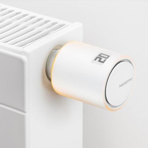 Netatmo Radiatorthermostaat Starter Set met 4 Thermostaten + Google Nest Mini aan radiator